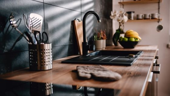get rid of ants in kitchen